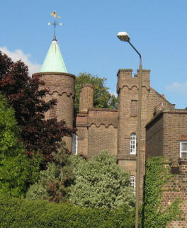 Vanbrugh Castle, Blackheath
