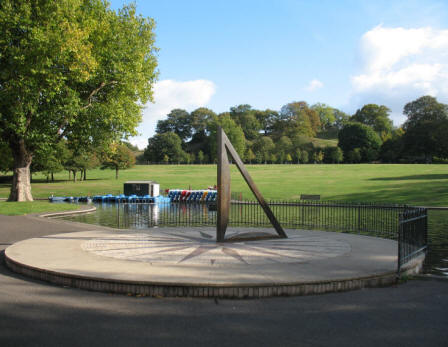 Greenwich Park - Meridian Sundial by boating pond