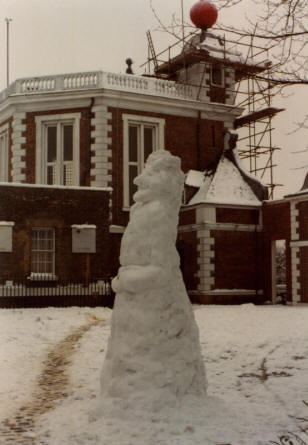Greenwich Park - Snowman of Sir Isaac Newton outside Flamsteed House
